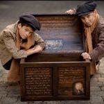 2 boys at kilkenny famine experience